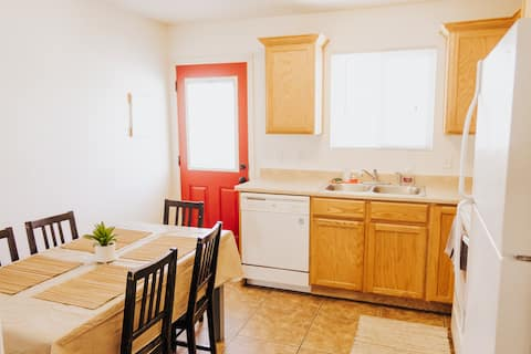 Cedar Retreat: 2 Bedroom Residential Home