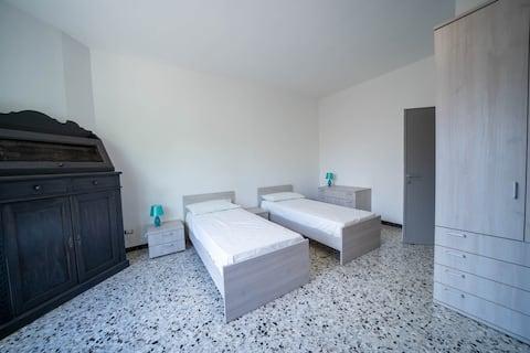 stanza privata 1 di 3 a vimercate