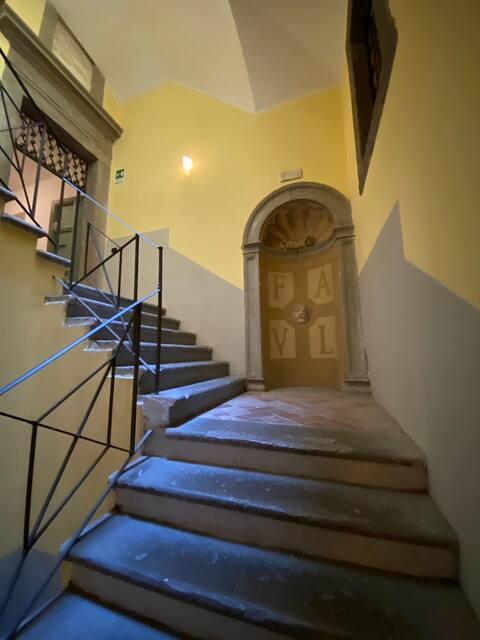 appartamento in palazzo  del 1600 in pieno centro