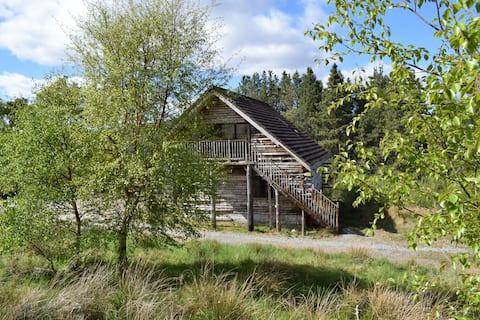 Hidden Gem, delightful log Cabin near NC500