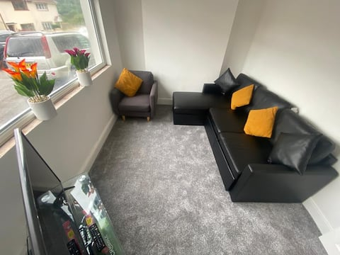 Cosy, humble and comfortable 2 bedroom house.