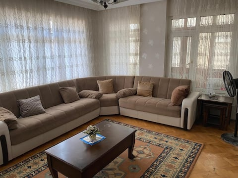 Lovely 2 Bedroom apartment in the Center of Yalova