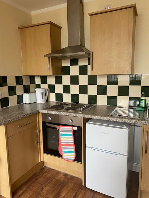 Lovely one bed Train Station Apartment