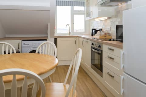 3 bedroom sea view apartment Isles of Scilly