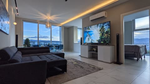 Centrally located luxurious new building