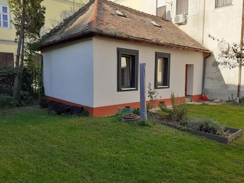 Varkor Historical Villa with 3 Bedr @ the Castle