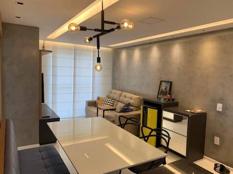 Apartamento todo projetado, completo e confortável
