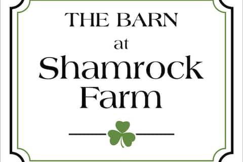 The Barn at Shamrock Farm, Modern Farmhouse