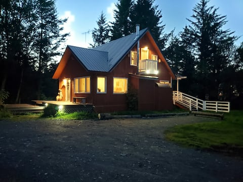 *FALL SPECIAL* ~ The TIDEHOUSE at Homer Spit w/Spa