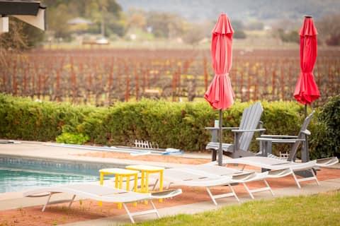 Unbeatable Views! Wine Country Retreat!