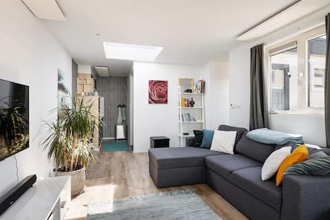 Guesthouse - Free parking - Close Amsterdam