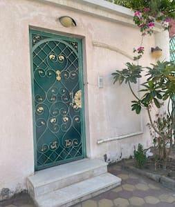 Laluan cerah ke pintu masuk