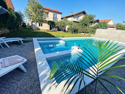 Luxury Villa With Pool & Jacuzzi - 8 Min To Mostar