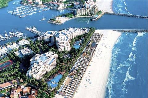 2 BR resort apt on the beach at Paradise Village