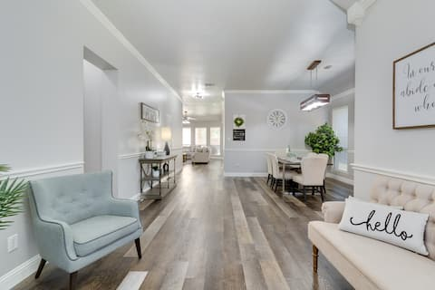 Clean spacious renovated house for a big group