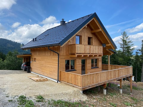 family-friendly holiday hut at the ski area
