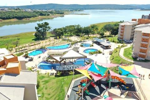 Excelente Ilhas do Lago Resort