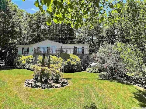 Spacious Lake View Home 1 Min from Boat Ramp