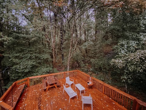 Baldwin Mountain House in the Woods * Pet Friendly