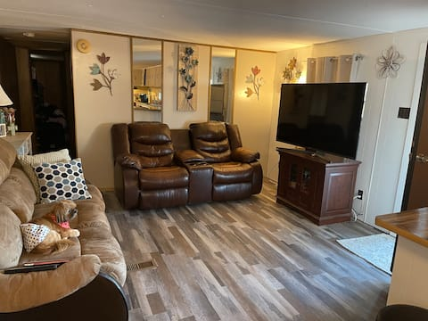 3 bedroom mobile home located at Holiday TravLPark