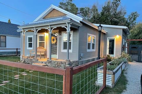 Downtown Buena Vista Cottage - STR21-119