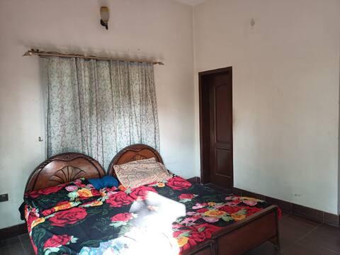 1Bedroom in Residential Home, Free Parking, Garden