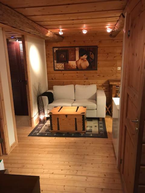 Charmig gäststuga 2 sovrum och alla bekvämligheter