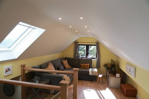Pretty 2 bed new barn conversion in rural setting
