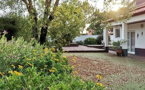 Greenhouse Farm Stay @ Quinta da Rosie