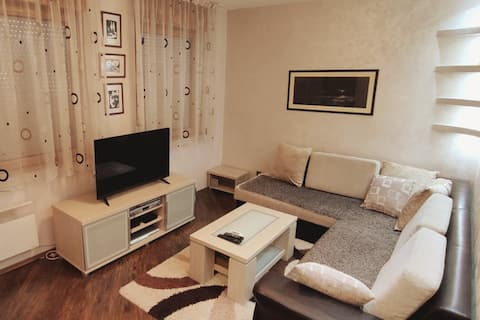 One bedroom apartment with free Parking