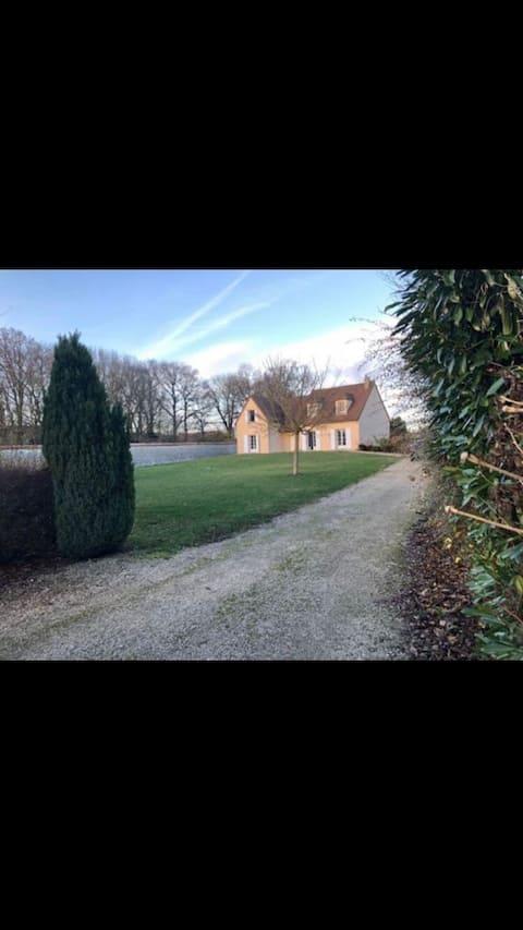 Villa 1heur de paris 15 minutes de Chartres