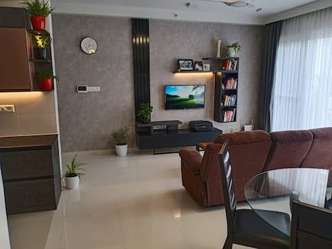 Executive Room with Private Work-Station