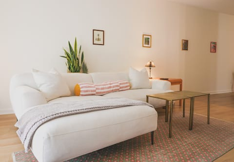 Quirky + Cozy Bull City Retreat, Centrally-Located