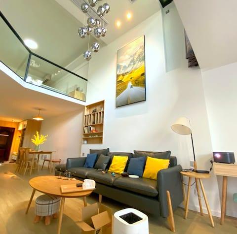 Wanda Paradise Hardcover loft Duplex, 5m Living Room, Ultra Mega Screen Projection, Private Open-air Balcony