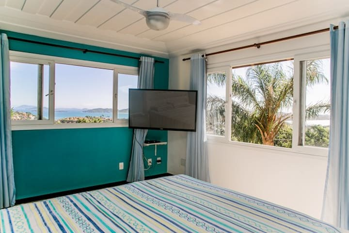 Suite Master com vista espectacular para Praia de Geriba e Tucuns