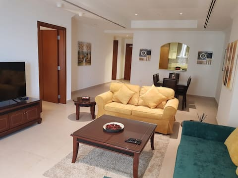 One Bedroom Apartment with a Spacious Living Room!