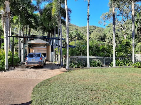 New Listing, Private self contained 1 bedroom unit