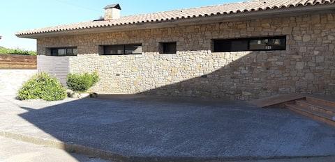 Acogedora casa con chimenea y vistas maravillosas
