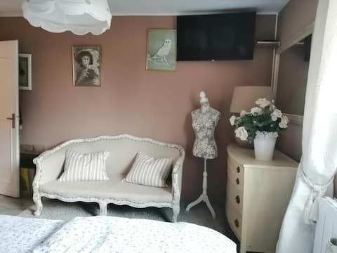 2 Chambres cosy avec 2 salons et 2 terrasses.