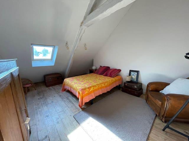 Chambre double avec lit 140