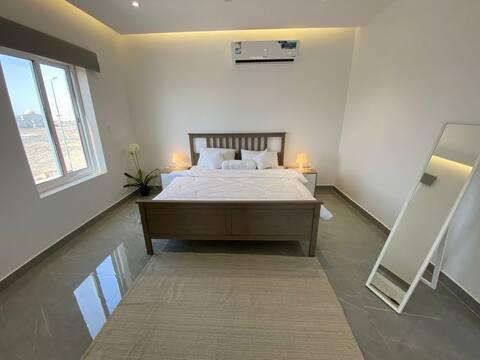 شقة جميله من غرفة واحد ودورة مياهوصالة ومطبخ صغير
