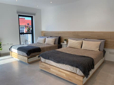 Brand New Luxury Twin Apartment at The Residence