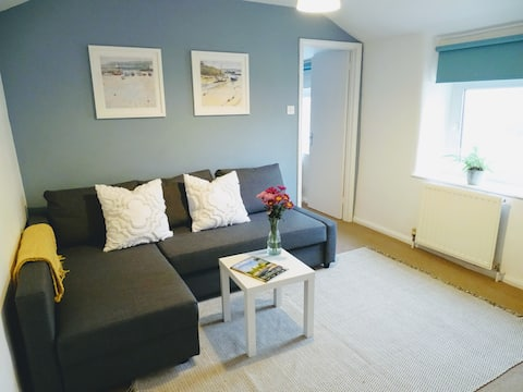 Cosy flat in Cirencester close to town centre