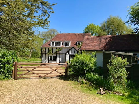 17th century country house dog friendly