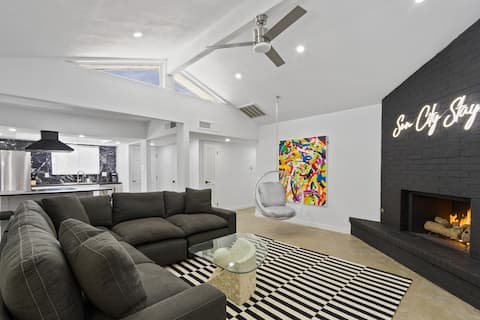 NEW LISTING - EL PASO'S INSTA-GRAMMABLE STAY