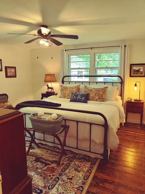 Guest House in Historic Downtown Coudersport