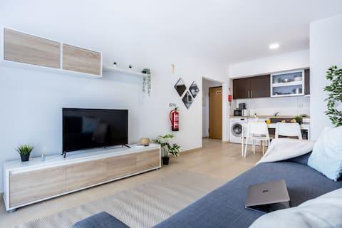 BeHappy Stylish and Modern Apt  - WIFI/AC/SmartTV