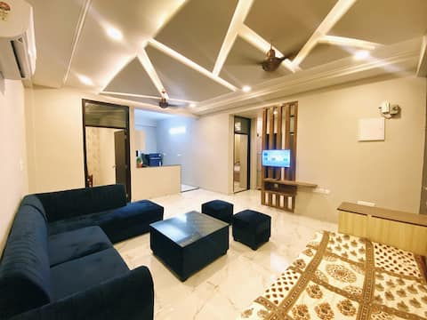 Entire 3 BHK Luxury Apartment with Amazing View