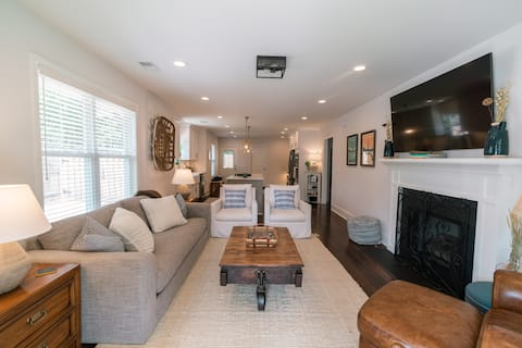 Cozy NEW Bungalow in Downtown Greenville, SC