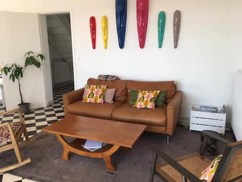 Belle maison mer à pieds PRIX VARIABLES/PERSONNES